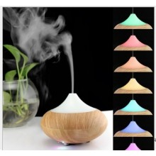 Ultrasonic LED Aroma Diffuser & Moisturiser Free 10ml Essential oil