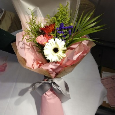 Gerbera / Roses / Carnations Flower Bouquet