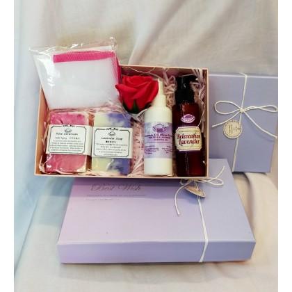 Anniversary/Birthday Gift Set with LED lights free Lip Balm, Gift box & carry bag